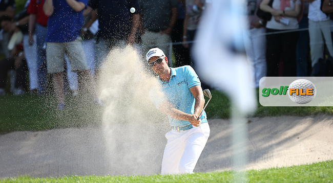 Henrik Stenson (SWE) plays close to the pin from the bunker on the 11th during Round Two of the 2015 BMW International Open at Golfclub Munchen Eichenried, Eichenried, Munich, Germany. 26/06/2015. Picture David Lloyd | www.golffile.ie