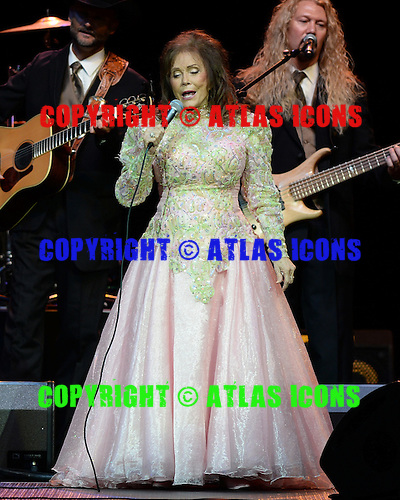 HOLLYWOOD FL - SEPTEMBER 15 : Loretta Lynn performs at Hard Rock Live held at the Seminole Hard Rock Hotel & Casino on September 15, 2013 in Hollywood, Florida. : Credit Larry Marano (C) 2013