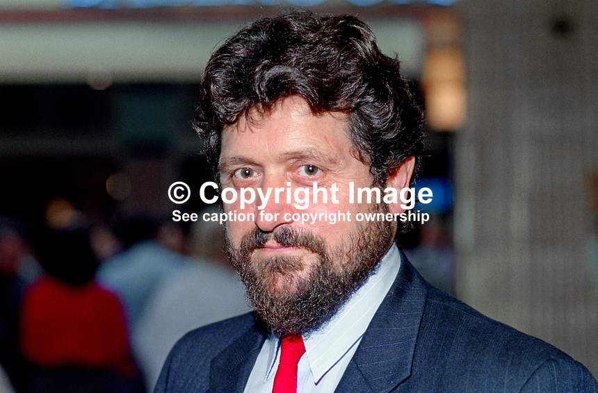 Roger Barton, MP, Labour Party, UK, politician, 19921008RB.<br />