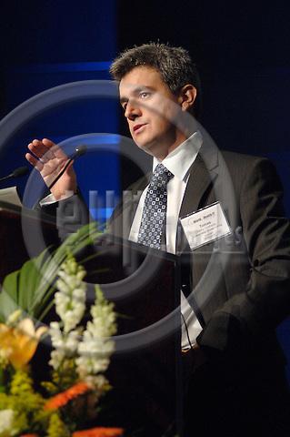 "GENEVA - SWITZERLAND 13. 10. 2006 -- The World of Health IT. TL 47 - Tomas Mora Morrison,.Cambio+ HealthSystem, ""Pan.European IT Support for.Healthcare Providers"" -- PHOTO: GORM K. GAARE / EUP- IMAGES ."