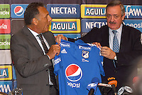 BOGOTA - COLOMBIA- 03-01-2017: Enrique Camacho, President of Millonarios FC, present to Miguel Angel Russo, of Argentina as the new coach of Millonarios during a press conference. Russo 60 years has worked in clubs like Estudiantes de la Plata, Rosario Central, Colon de Santa Fe, Boca Juniors in Argentina, Monarcas Morelia in Mexico, Universidad de Chile in Chile, Union Deportiva Salamanca in Spain, signs the contract initially for one year. Photo: VizzorImage / Luis Ramirez / Staff.