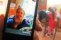 Licola ( giugliano di Napoli )<br /> Un uomop  ha ucciso la moglie e la figlia di 4 anni a colpi d'ascia <br /> nella foto  la piccola  Katia