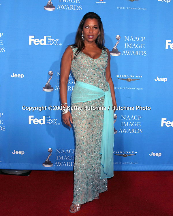 Rolanda Watts.37th NAACP Image Awards.Shrine Auditorium.Los Angeles, CA.February 25, 2006.©2006 Kathy Hutchins / Hutchins Photo....                 V