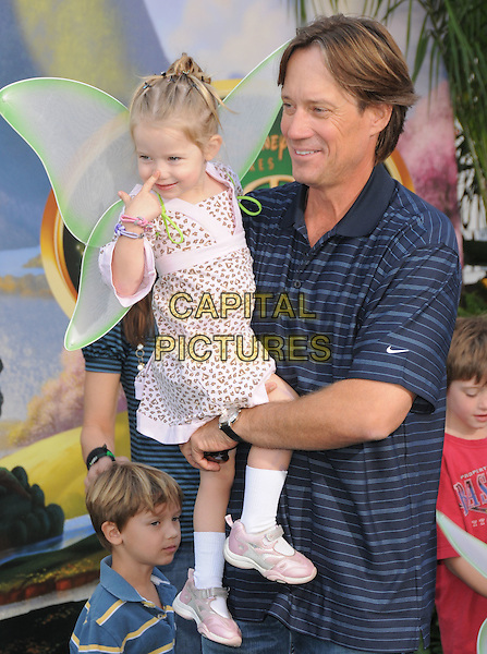 "KEVIN SORBO.at Disney's ""Tinker Bell"" DVD & Blu-ray Disc Premiere held at The El Capitan Theatre in Hollywood, California, USA, October 19th 2008.                                                                     .half length daughter father kids wings fairy family .CAP/DVS.©Debbie VanStory/Capital Pictures"