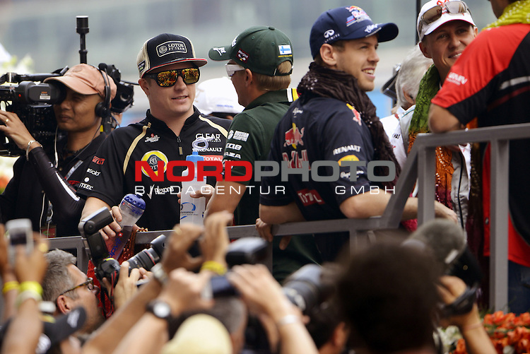 25.-28.10.2012, Jaypee-Circuit, Noida, IND, F1, Grosser Preis von Indien, Noida, im Bild Kimi Raikkonen (FIN), Lotus Renault F1 Team - Heikki Kovalainen (FIN) Caterham F1 Racing - Sebastian Vettel (GER), Red Bull Racing - Michael Schumacher (GER), Mercedes GP <br />  Foto &copy; nph / Mathis