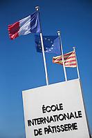 Europe/France/Languedoc-Roussillon/66/Pyrénées-Orientales/Perpignan: Ecole de Pâtisserie, chez Olivier Bajard, Pâtissier