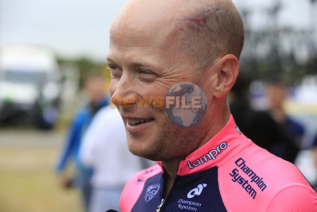 Chris Horner (USA) Lampre-Merida relaxed at York Racecourse before the start of Stage 2 of the 2014 Tour de France running 200km from York to Sheffield. 6th July 2014.<br /> Picture: Eoin Clarke www.newsfile.ie