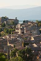 Europe/France/Provence-Alpes-Côte d'Azur/84/Vaucluse/Lubéron/Saignon: le village perché