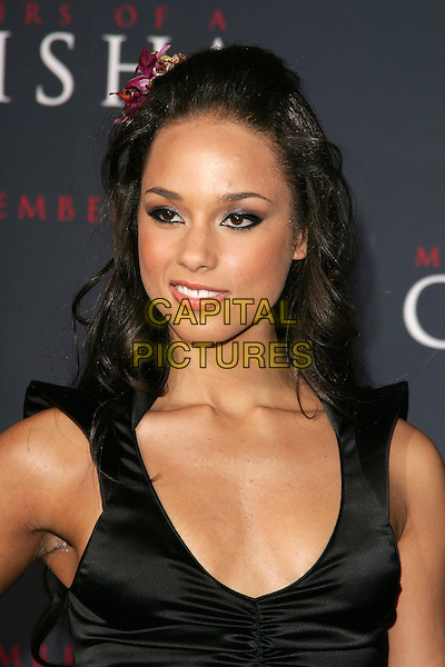 "ALICIA KEYS.Los Angeles Premiere of Columbia Pictures' ""Memoirs of a Geisha""held at the Kodak Theater, Hollywood, California..December 4th, 2005.Photo: William Scott/Admedia/Capital Pictures.Ref: WS/ADM.headshot portrait.www.capitalpictures.com.sales@capitalpictures.com.© Capital Pictures."