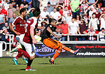 Leon Clarke of Sheffield Utd scores the equaliser during the English League One match at Sixfields Stadium Stadium, Northampton. Picture date: April 8th 2017. Pic credit should read: Simon Bellis/Sportimage