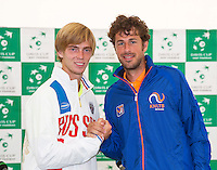 Moscow, Russia, 14 th July, 2016, Tennis,  Davis Cup Russia-Netherlands, The draw, Russian Andrey Rublev v Robin Haase (NED) (R) in the first match<br /> Photo: Henk Koster/tennisimages.com