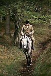 Quantock Staghounds 1990s Uk. Quantock Hills Somerset. Older huntsman on horseback returning from a days hunting. 1997