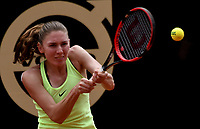 BOGOTA - COLOMBIA - 11 - 04 - 2017: Ekaterina Alexandrova de Rusia, devuelve la bola a Sara Errani de Italy, durante partido por el Claro Colsanitas WTA, que se realiza en el Club Los Lagartos de la ciudad de Bogota. / Ekaterina Alexandrova from Rusia, returns the ball to Sara Errani from Italy, during a match for the WTA Claro Colsanitas, which takes place at Los Lagartos Club in Bogota city. Photo: VizzorImage / Luis Ramirez / Staff.