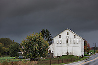 Pending storm in rural Lancaster County, Strasburg, Pennsylvania, USA.