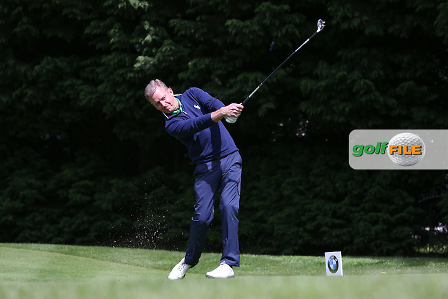 TV show host Jeremy Kyle on the 18th tee during the Pro-Am ahead of the 2015 BMW PGA Championship over the West Course at Wentworth, Virginia Water, London. Picture David Lloyd, www.golffile.ie: 20/05/2015