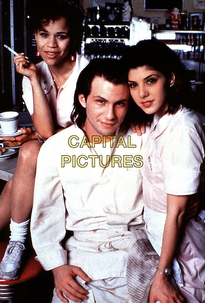 ROSIE PEREZ, CHRISTIAN SLATER & MARISA TOMEI.in Untamed Heart (1993) .*Filmstill - Editorial Use Only*.CAP/STF/KHE.Supplied by Capital Pictures.