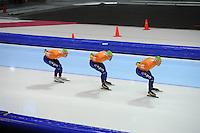 SCHAATSEN: HEERENVEEN: Thialf, World Cup, 04-12-11, Team Pursuit NED, Jan Blokhuijsen, Wouter olde Heuvel, Sven Kramer, ©foto: Martin de Jong