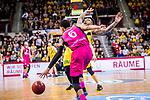 Olivier HANLAN (#6 Telekom Baskets Bonn) \Lamont DaSean JONES (#20 MHP Riesen Ludwigsburg) \ beim Spiel in der Basketball Bundesliga, MHP Riesen Ludwigsburg - Telekom Baskets Bonn.<br /> <br /> Foto &copy; PIX-Sportfotos *** Foto ist honorarpflichtig! *** Auf Anfrage in hoeherer Qualitaet/Aufloesung. Belegexemplar erbeten. Veroeffentlichung ausschliesslich fuer journalistisch-publizistische Zwecke. For editorial use only.