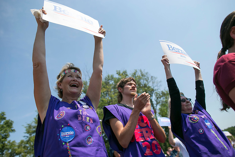 UNITED STATES - August 16: Supporters cheer as Sen. Bernie Sanders, D-Vt., speaks at the Scott County Democrats Picnic in the Park in Eldridge, Iowa, on Sunday, August 16, 2015. (Photo By Al Drago/CQ Roll Call)