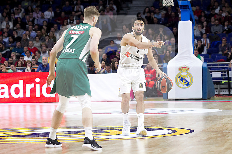 Real Madrid's Facundo Campazzo and Zalgiris' coach Sarunas Jasikevicius during Euroligue match between Real Madrid and Zalgiris Kaunas at Wizink Center in Madrid, Spain. April 4, 2019.  (ALTERPHOTOS/Alconada)