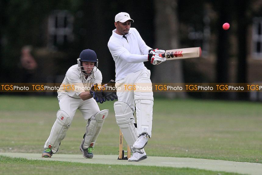 London Fields CC (fielding) vs Caledonian Conquerors CC - Victoria Park Community Cricket League - 15/08/11 - MANDATORY CREDIT: TGSPHOTO - Self billing applies where appropriate - Tel: 0845 094 6026
