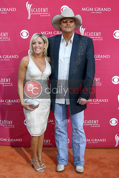 Alan Jackson and wife Denise<br />at the 44th Annual Academy of Country Music Awards. MGM Grand Garden Arena, Las Vegas, NV. 04-05-09<br />Dave Edwards/DailyCeleb.com 818-249-4998