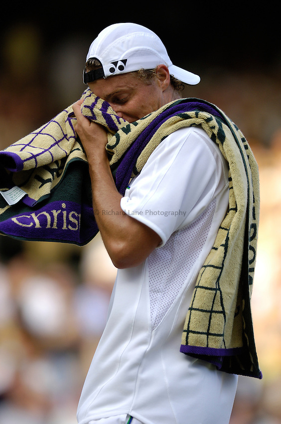 Photo: Simon de Trey-White..Wimbledon Championships. 05/07/2006..Lleyton Hewitt of Australia.