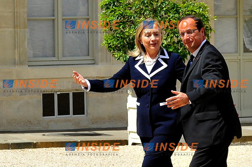 Francois Hollande Presidente Francia, Hillary Clinton Segretario di Stato USA.Parigi 6/7/2012 Eliseo.Foto Insidefoto / Gerard Roussel / Panoramic.ITALY ONLY...