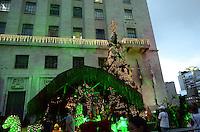 ATENCAO EDITOR: FOTO EMBARGADA PARA VEICULOS INTERNACIONAIS. SAO PAULO, SP, 14 DE DEZEMBRO DE 2012 - Presepio de Natal da Prefeitura de Sao Paulo, regiao central da capital, e visto no inicio da noite  noite desta sexta feira, 14.. FOTO: ALEXANDRE MOREIRA - BRAZIL PHOTO PRESS.