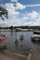 Henley on Thames. United Kingdom.      Thursday,  30/06/2016,      2016 Henley Royal Regatta, Henley Reach.   [Mandatory Credit Peter Spurrier/ Intersport Images] Messing about on the River.