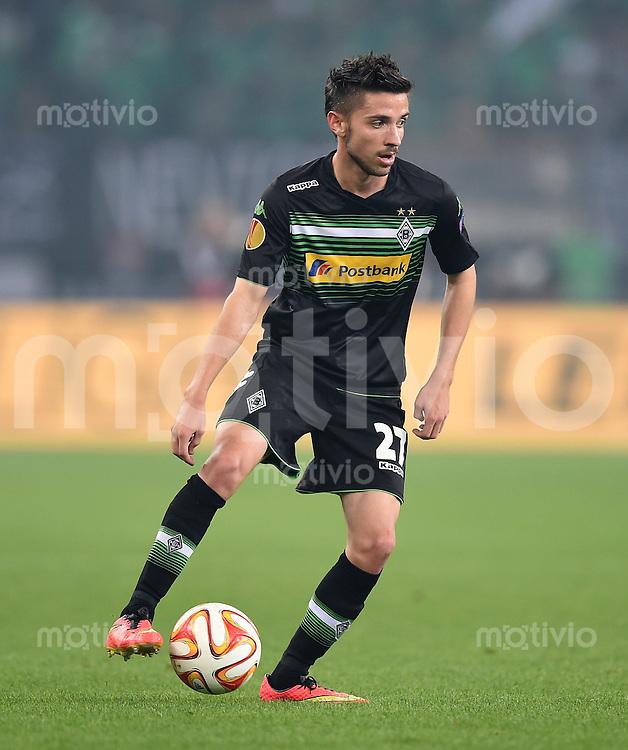 FUSSBALL   INTERNATIONAL   UEFA EUROPA LEAGUE   SAISON 2014/2015 FC Zuerich - VfL Borussia Moenchengladbach    02.10.2014 Julian Korb (Borussia Moenchengladbach) am Ball