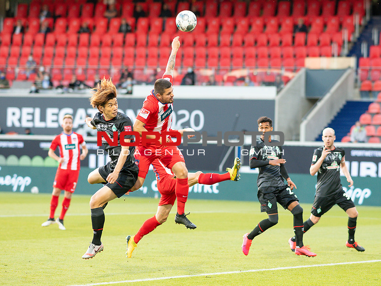 Marnon Busch (FC Heidenheim, #02), Yuya Osako (SV Werder Bremen, #08), vermeintliches Handspiel, Videobeweis,<br /> <br /> GER, FC Heidenheim vs. Werder Bremen, Fussball, Bundesliga Religation, 2019/2020, 06.07.2020,<br /> <br /> DFB/DFL regulations prohibit any use of photographs as image sequences and/or quasi-video., <br /> <br /> <br /> Foto: EIBNER/Sascha Walther/Pool/gumzmedia/nordphoto