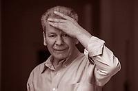 Nato nel 1951, Faraj Bayrakdar è un poeta siriano esule in Svezia. Tra il 1987 e il '93 è stato detenuto e torturato in una delle più famigerate carceri del regime ... Mantova, 6 settembre 2017. © Leonardo Cendamo