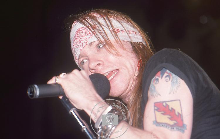 Guns-N-Roses-449.jpg