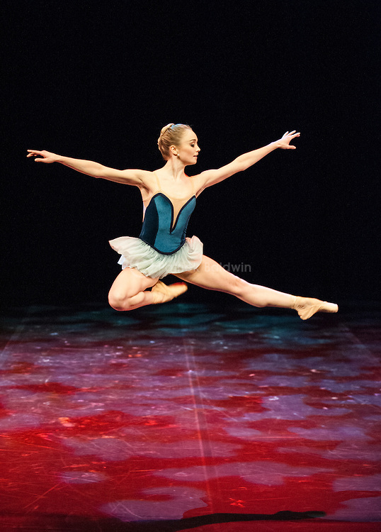 English National Ballet. Emerging Dancer competition 2013. Queen Elizabeth Hall. Nancy Osbaldeston.
