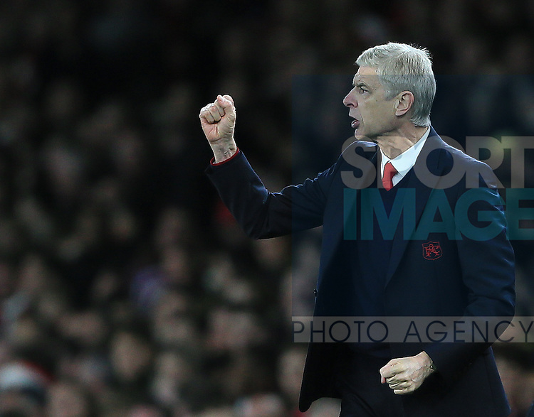 Arsenal's Arsene Wenger in action<br /> <br /> Barclays Premier League- Arsenal vs AFC Bournemouth - Emirates Stadium - England - 28th December 2015 - Picture - David Klein/Sportimage