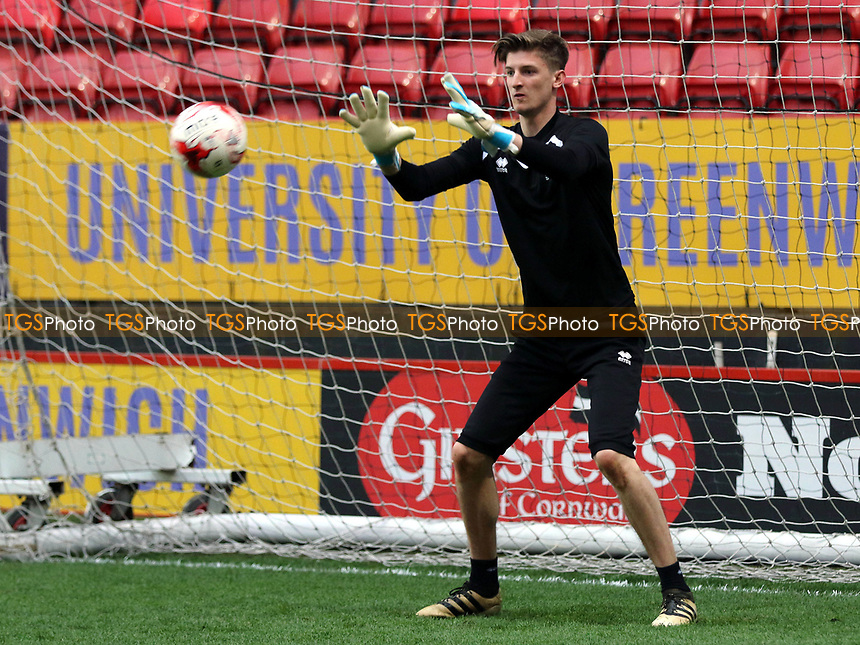 MK Dons goalkeeper, Charlie Burns, was named as a substitute during Charlton Athletic vs MK Dons, Sky Bet EFL League 1 Football at The Valley on 4th April 2017