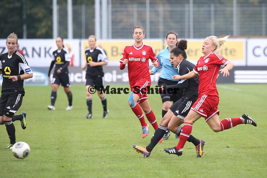 Celia Sasic (FFC) gegen Leoie Maier (Bayern) - 1. FFC Frankfurt vs. FC Bayern München