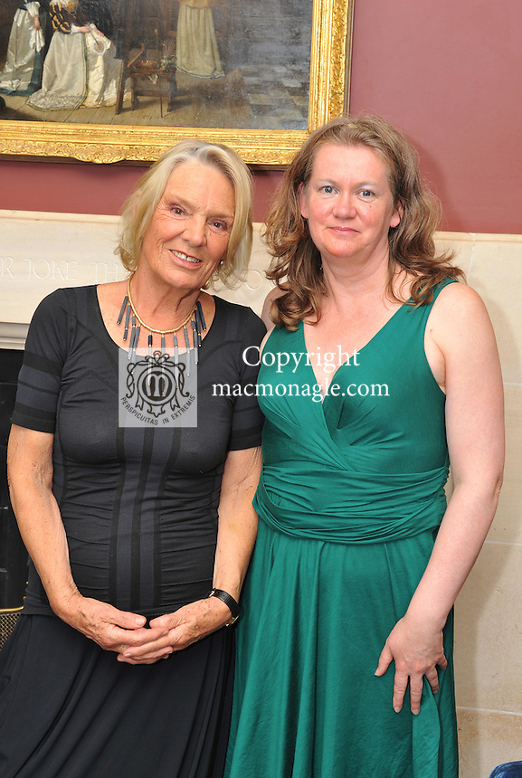 Pictured at the Ard na Sidhe Manor House afternoon tea and culture with Artist Pauline Bewick  overlooking Caragh Lake were, Pauline Bewick  and Anne Kearns..Picture by Don MacMonagle..PR photo: Ard na SIdhe:.Further info: Joanne Byrne / Presence PR 353 1 676 1062