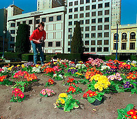 Scott Shafer photographing in Union Square, 1987. &amp;#xA;<br />