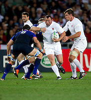 Rugby World Cup Auckland  England v France  Quarter Final 2 - 08/10/2011.STEVE THOMPSON  (England)  running with the ball .Photo Frey Fotosports International/AMN Images