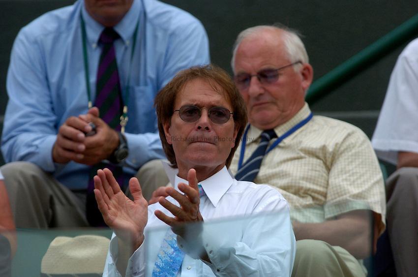 Photo: Richard Lane..Wimbledon Championships. 04/07/2006. .Sir Cliff Richard watches on, so it will now rain!