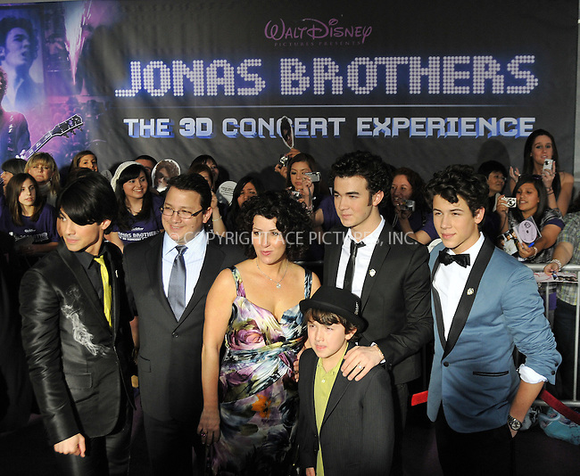 WWW.ACEPIXS.COM . . . . . ....February 24 2009, LA....Joe Jonas, Kevin Jonas Sr., Denise Jonas, Frankie Jonas, Kevin Jonas and Nick Jonas at the World Premiere of Walt Disney Pictures' 'Jonas Brothers: The 3D Concert Experience' on February 24, 2009 at the El Capitan Theatre in Hollywood, California.....Please byline: JOE WEST - ACEPIXS.COM....Ace Pictures, Inc:  ..(212) 243-8787 or (646) 679 0430..e-mail: picturedesk@acepixs.com..web: http://www.acepixs.com
