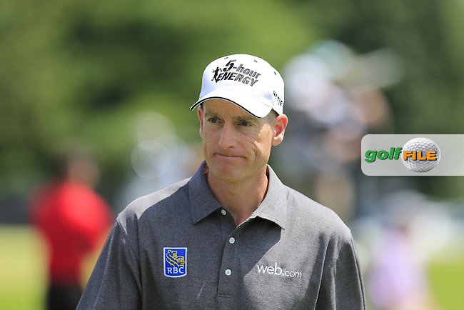 Jim Furyk (USA) makes his way to the 1st tee to start his match during Sunday's Final Round of the 2013 Bridgestone Invitational WGC tournament held at the Firestone Country Club, Akron, Ohio. 4th August 2013.<br /> Picture: Eoin Clarke www.golffile.ie