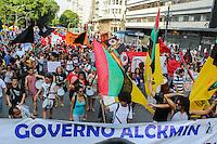SAO PAULO, SP. 18.12.2014 - PROTESTO CONTRA O GENOCÍDIO NEGRO - Manifestantes ocupam as ruas do centro da capital paulista em apoio as mortes de negros nos estados unidos na tarde desta quinta-feira, (18). (Foto: Renato Mendes/ Brazil Photo Press)