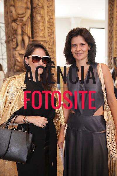 Isabella Goobbi e Tatiana Rosato<br /> <br /> <br /> Reinaldo Louren&ccedil;o<br /> <br /> S&atilde;o Paulo Fashion Week- Ver&atilde;o 2016<br /> Abril/2015<br /> <br /> foto: Midori de Lucca/ Ag&ecirc;ncia Fotosite