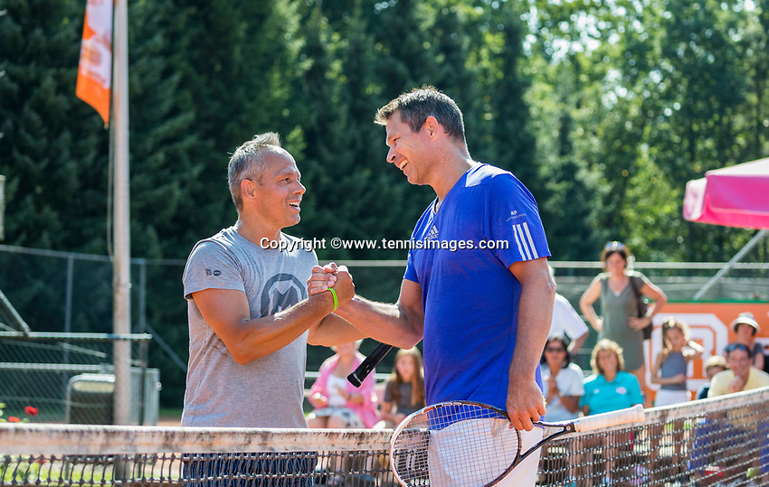 Etten-Leur, The Netherlands, August 27, 2017,  TC Etten, NVK, Niels de Kok (NED) winner men's 50 + (NED) (R) is congratulated bij finalist Rob Simon (NED) after a long and intens match<br /> Photo: Tennisimages/Henk Koster