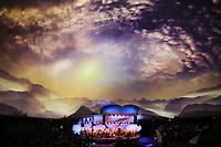 Multimediashow beim Festakt mit Merck Philharmonie Orchester - 03.05.2018: Festakt zu 350 Jahre Merck in Darmstadt mit Bundeskanzlerin Angela Merkel