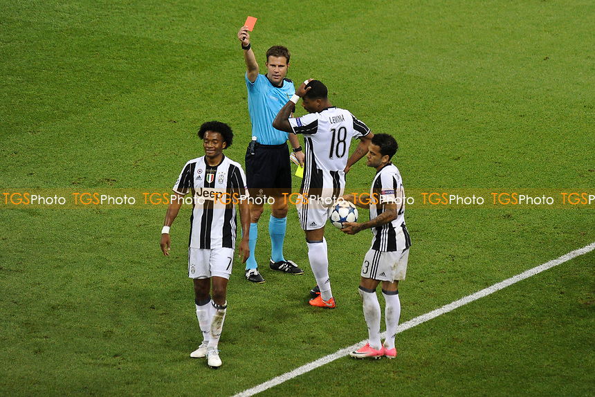 Juan Cuadrado of Juventus is sent off during Juventus vs Real Madrid, UEFA Champions League Final at the National Stadium of Wales on 3rd June 2017