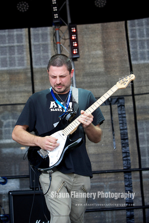 Pix: Shaun Flannery/shaunflanneryphotography.com...COPYRIGHT PICTURE>>SHAUN FLANNERY>01302-570814>>07778315553>>..26th August 2012..Cusworth Music Festival 2012..Cusworth Hall, Doncaster..Live music charity event in aid of The Aurora Charity.